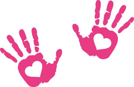 impressions à la main avec le coeur en elle