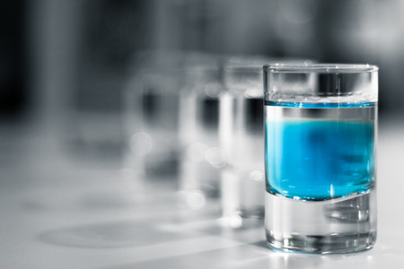 shot glasses: Vetri di colpo con Blue Alcol