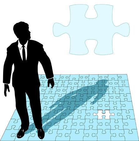missing piece: Un hombre de negocios en una demanda de obras de la �ltima pieza faltante de un rompecabezas soluci�n, como copyspace.  Vectores