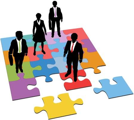 Business people équipe peuplement sur puzzle comme une solution à la nécessité de gestion des ressources humaines
