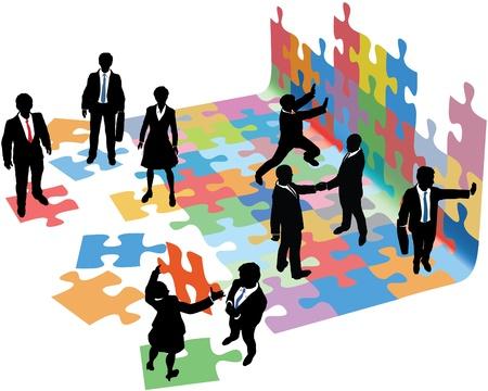 비즈니스 사람들이 시작 퍼즐 및 구축하는 솔루션을 찾아 함께 조각을 넣어 위해 협력
