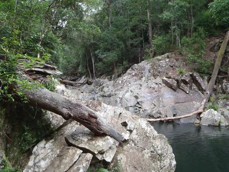 マッジェラバクリークQLDオーストラリアのスイミングホール
