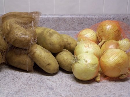 ジャガイモと玉ねぎ