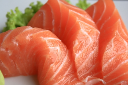 raw fish: sushi salmon