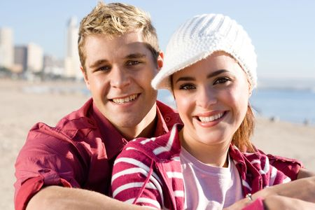 fashionable couple: moda joven