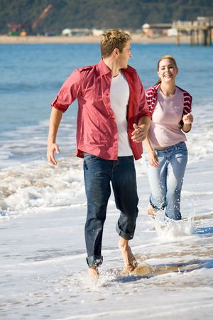running couple photo