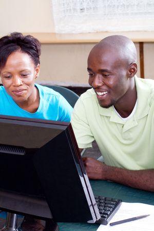 american african: studenti adulti computer africano americano