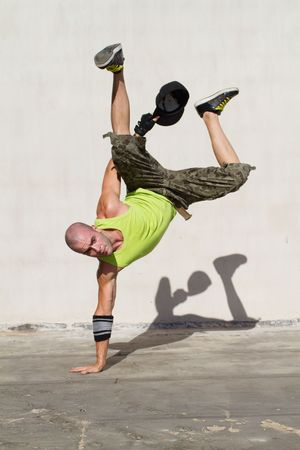 breakdancer: hip hop style dance moves