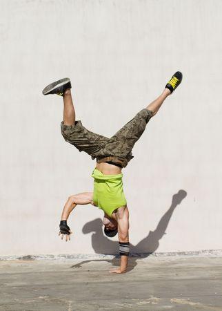 hip hop dancing: hip hop dancing