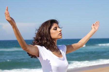 indian woman worshipping photo