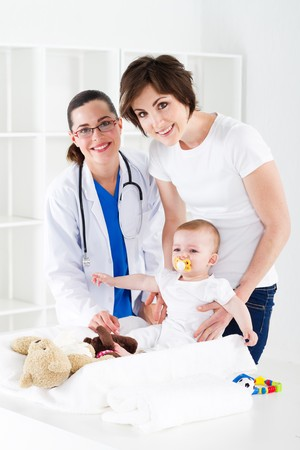 baby checkup with pediatrician Stock Photo - 7832897