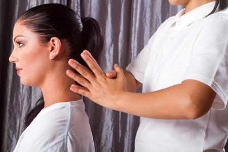 hombros: masaje de hombro