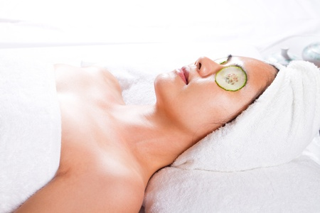facial mask of cucumber photo