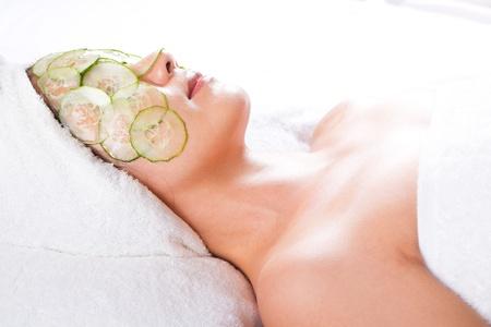 facial mask of cucumber photo