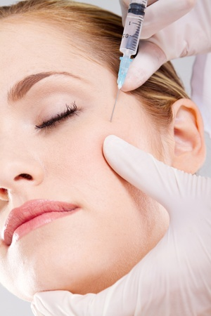 Botox shot in the female face Stock Photo - 9782339