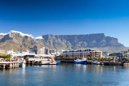 Cap V & A Waterfront et Table Mountain