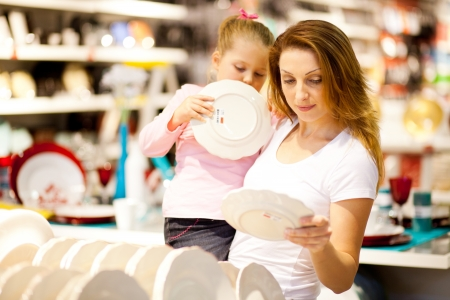 homeware: mother and daughter shopping for homeware Stock Photo