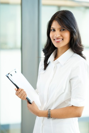 well dressed girl: attractive modern young indian office worker