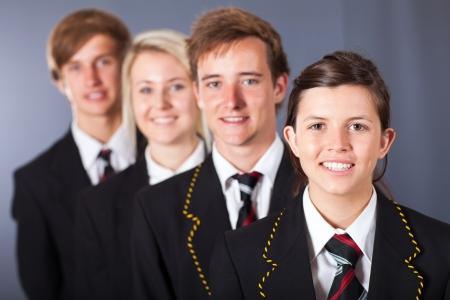 estudiantes de secundaria: grupo de estudiantes de secundaria retrato