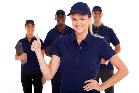 it tech: technical service woman thumb up with team in background