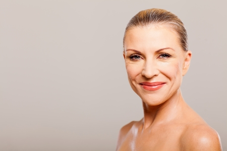 portrait of middle aged woman happy smiling Imagens