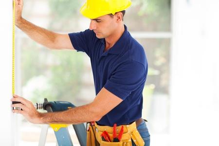 drabiny: profesjonalny facet cctv instalacji aparatu bezpieczeństwa