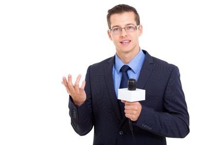 professionele journalist in rechtstreekse uitzending