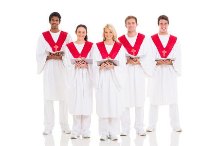 coro: grupo de coro de la iglesia con el himnario en el fondo blanco Foto de archivo