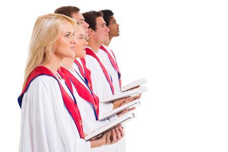 coro: grupo de coro de la iglesia cantando el libro de himnos