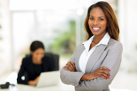smart african business woman in office 스톡 콘텐츠