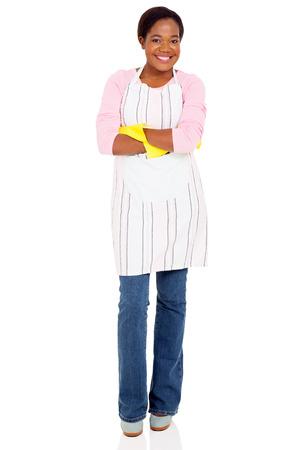 mandil: Retrato del delantal que desgasta bastante joven de la mujer africana Foto de archivo