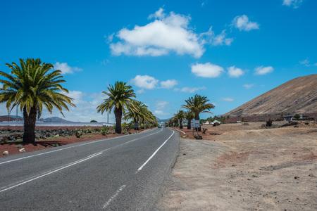 lanzarote: Desert road in Lanzarote, Spain