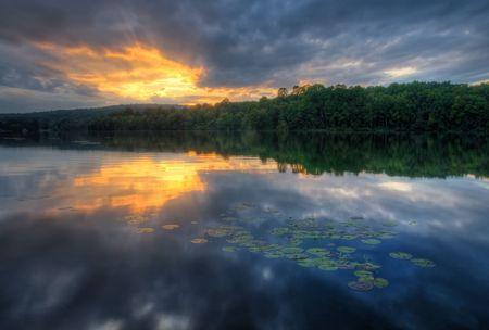 Sunset at Hopewell Lake, French Creek State Park, Pennsylvania (USA) Stok Fotoğraf