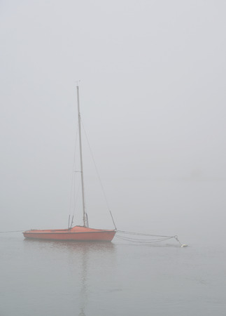 herbst: Boat in the fog