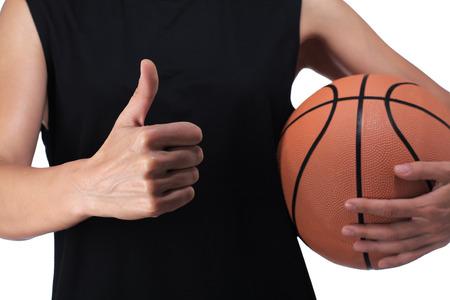 balon baloncesto: fotograf�a de un jugador de baloncesto haciendo el signo bien Foto de archivo