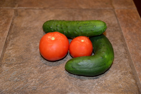 cucumber and tomato Group