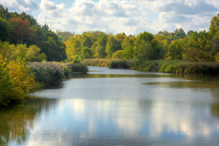 Baldwin Lake in Cuyahoga County, Ohio. Located in Mill Stream Run Reservation near Berea Ohio. The site of a former sandstone quarry.