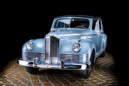 ЗИС 110 П Retro Soviet Car Adler Trumpf Junior brown luxury retro car Cabrio Limousine dark background