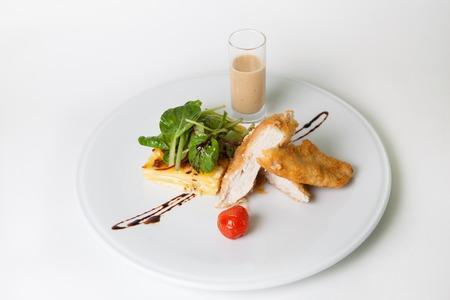 garnish: Fried chicken white with potato garnish meat