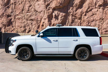 Side view of Chevrolet SUV white base model service U.S. government vehicle with push bumper - Las Vegas, Nevada, USA - 2020 Redactioneel