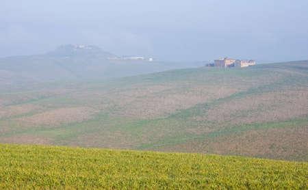 Tuscany landschap in de ochtend, Italië
