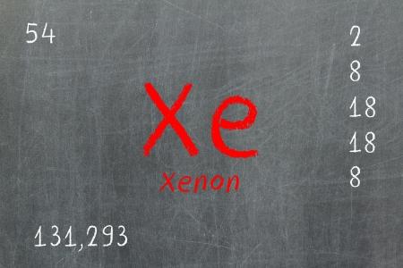 xenon: Pizarra aislada con la tabla peri�dica, Xenon, Qu�mica Foto de archivo