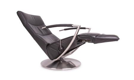Zwart Lederen Lounge Stoel, Geïsoleerd Op Wit Royalty Vrije