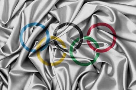 オリンピック リング ワッペン付きサテン フラグ
