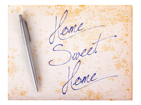 stylo: Old paper grunge background, white and brown - Home sweet home