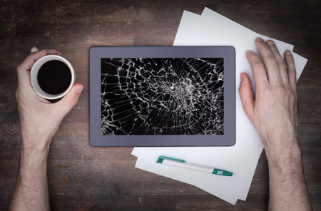 i pad: Tablet computer with broken glass, screen destroyed