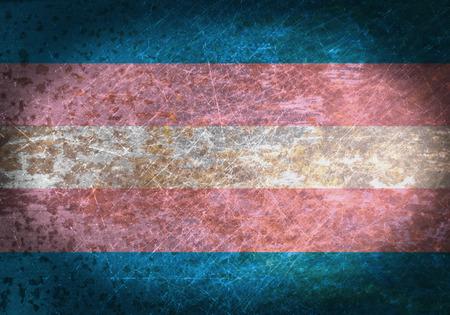 transexual: Vieja muestra de metal oxidado con una bandera - orgullo del transporte