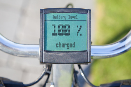 Electric bicycle display in the sun, 100 procent power left