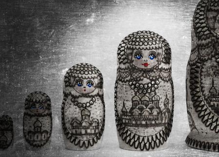 matriosca: Russian wooden doll - Matryoshka - Isolated - Vintage