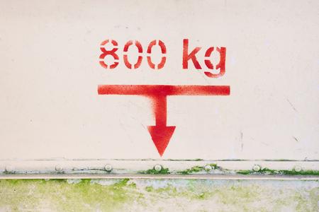 Maximum load of 800 kg